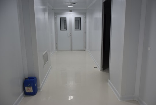 minou pharmacy/ epoxy flooring